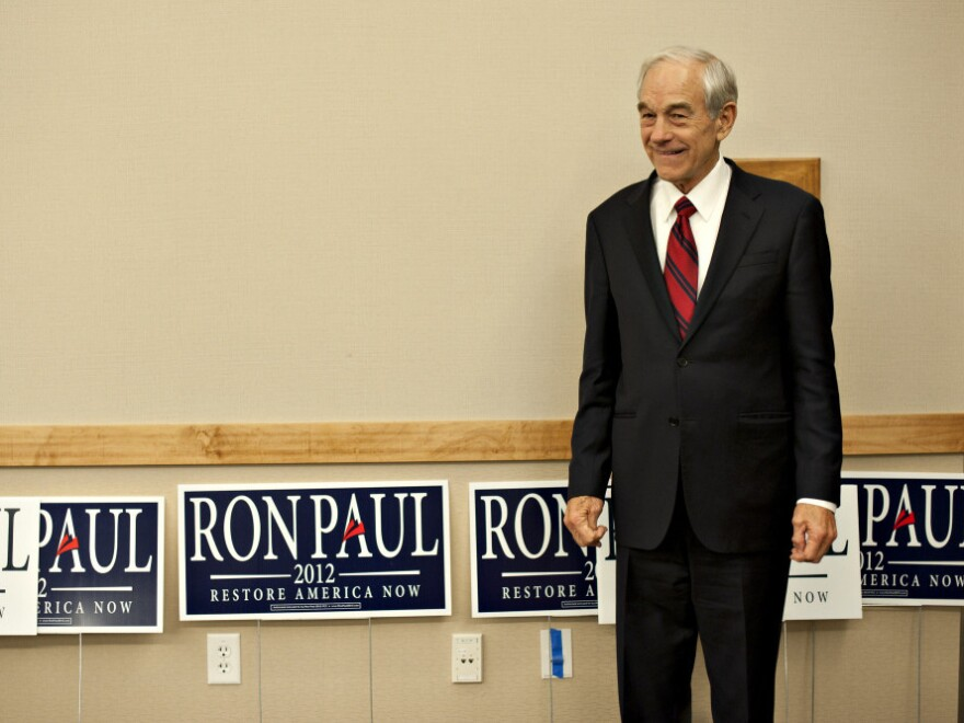 Texas Rep. Ron Paul has received more favorable treatment on Twitter than any other GOP presidential hopeful, according to a new study.