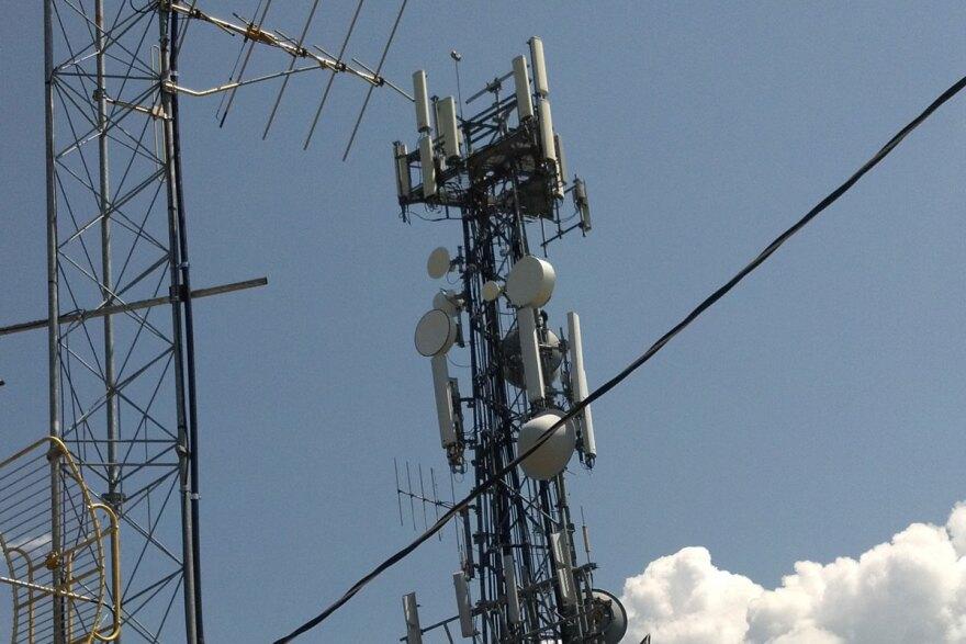KVNC-tower.jpg