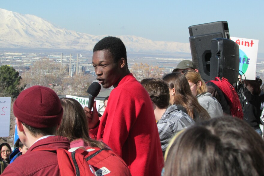 Photo of students at a Capitol rally.