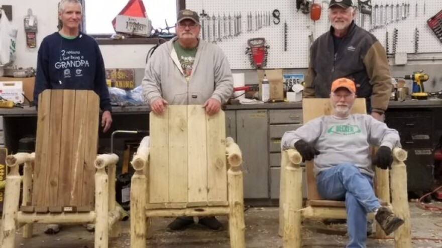 big_creek_state_park_log_furniture_makers_0.jpg