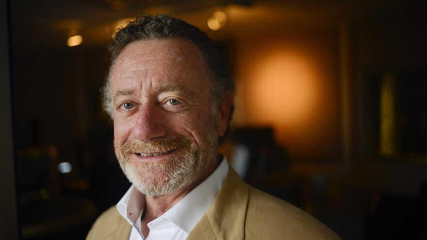 Jarl Mohn, a veteran of radio and television, will be NPR's new CEO, the organization's board of directors announced Friday.
