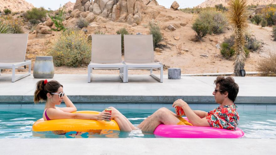 Cristin Milioti and Andy Samberg star in <em>Palm Springs</em>, an offbeat romcom with a surprising amount of charm.
