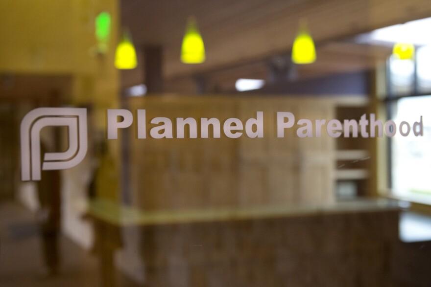 Planned_Parenthood_sign.jpg
