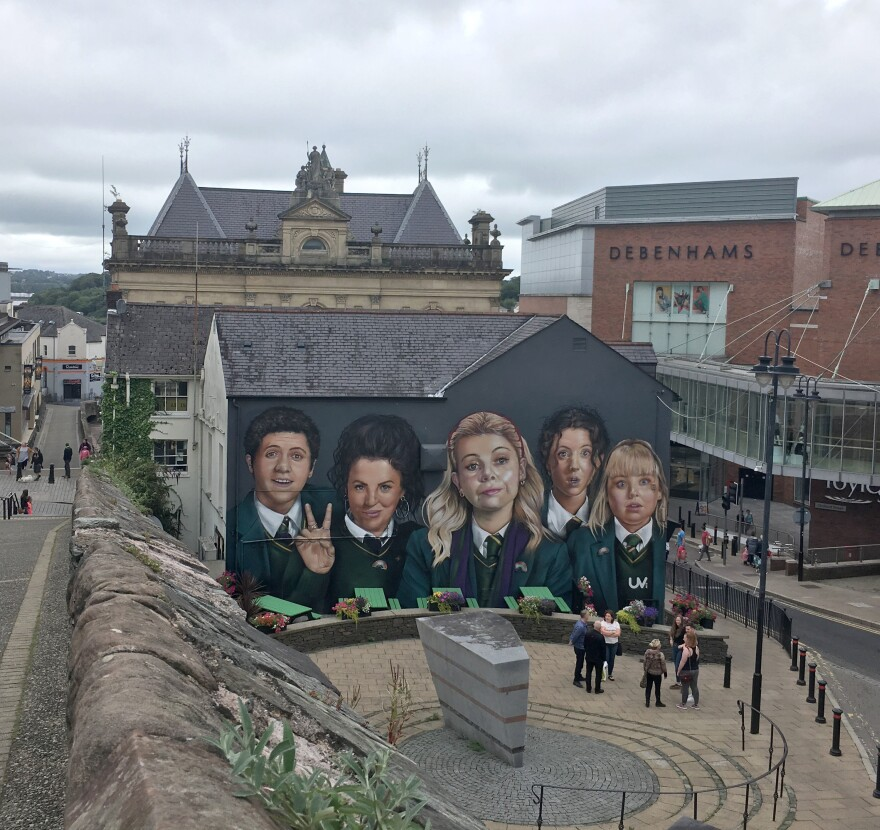 A mural of the Derry Girls is painted on the side of the bar and restaurant Badgers.