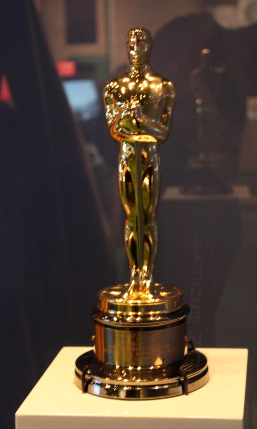 academy_award_-_Travis.jpg