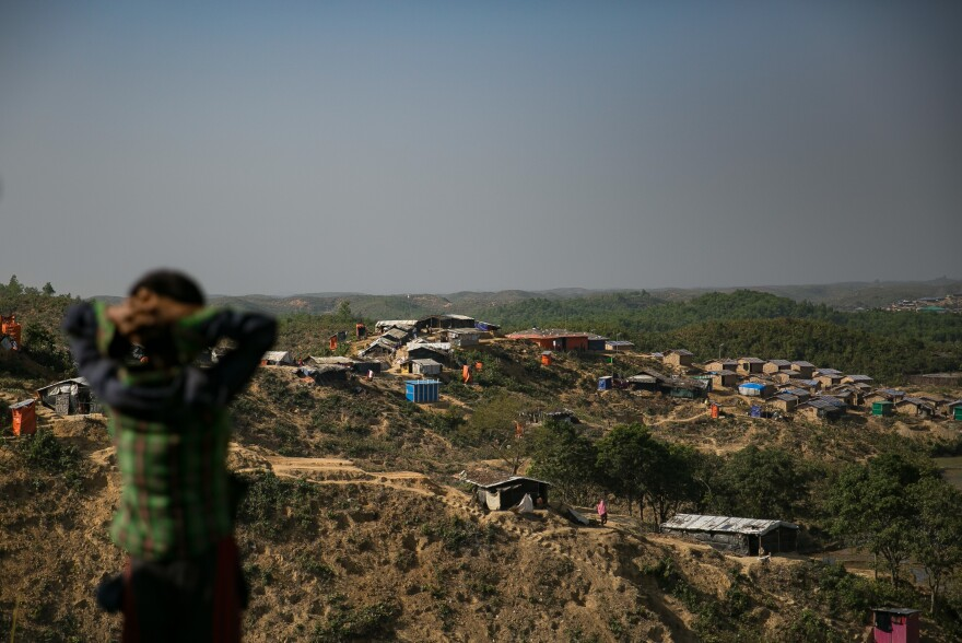 An overview of the Hakimpara refugee camp.