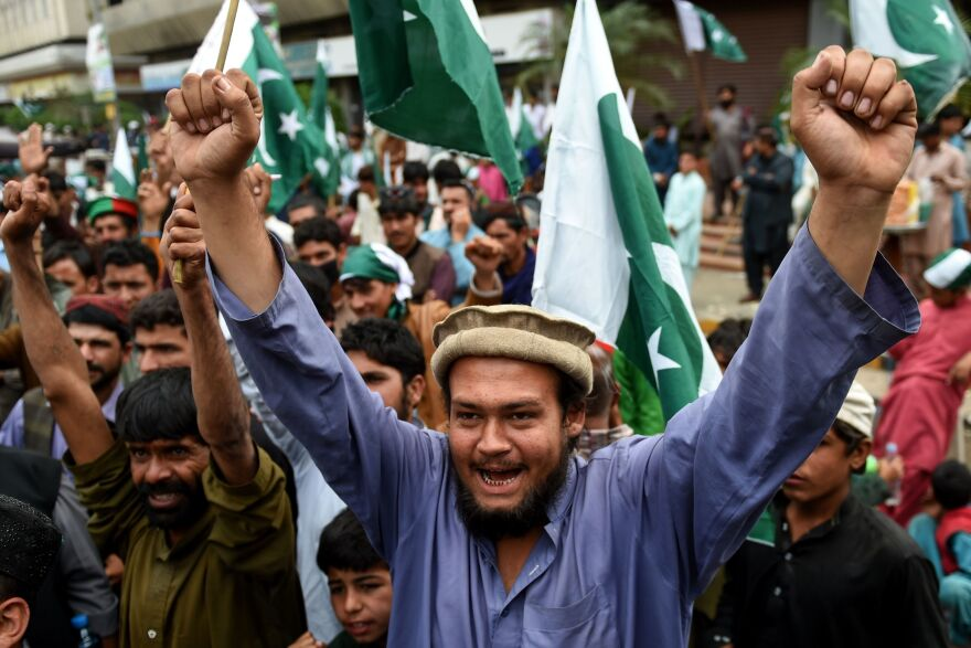 Pakistani demonstrators hold national flags and shout slogans during an anti-Indian protest in Karachi on March 3.Tensions have been running high between India and Pakistan for the past month and the two sides have been trading fire in the disputed Kashmir region.
