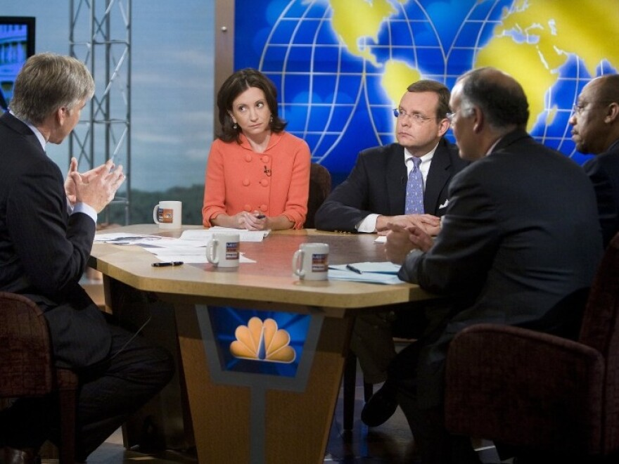 Anne Kornblut of the <em>Washington Post </em>(center) joins media colleagues at during a live taping of NBC's Meet the Press in 2007.