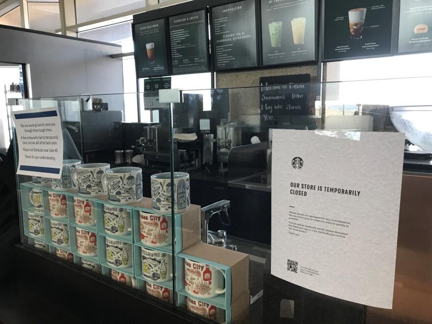 081420_Starbucks Closed at KCI.jpg_vickie newton