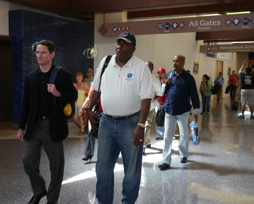 officials_walking_through_airport.jpg