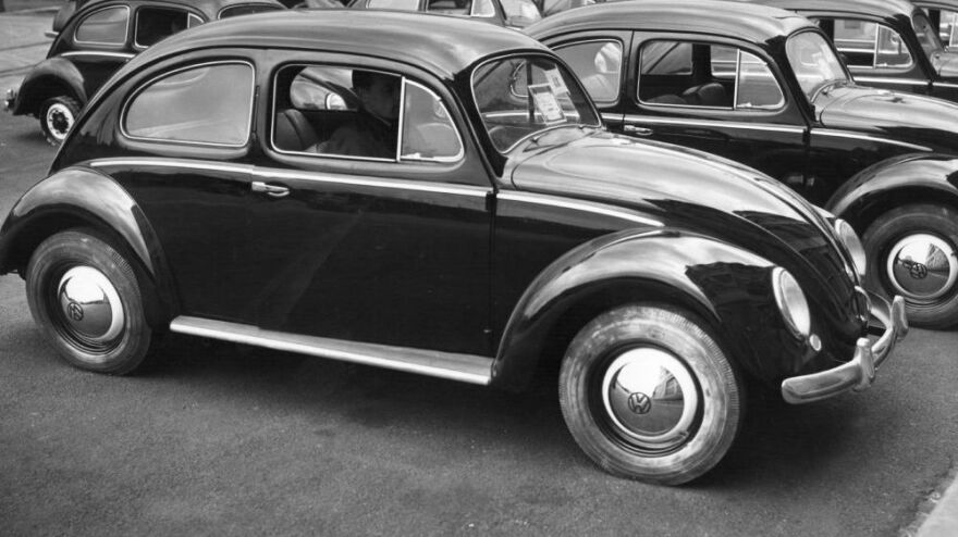 A classic VW Beetle. (1975 file photo.)