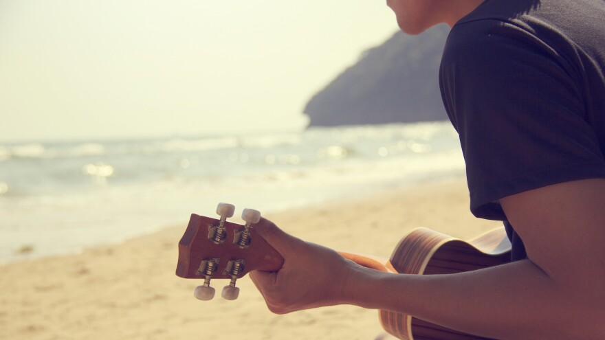 Here are 32 songs to enjoy on the beach at the end of the summer.