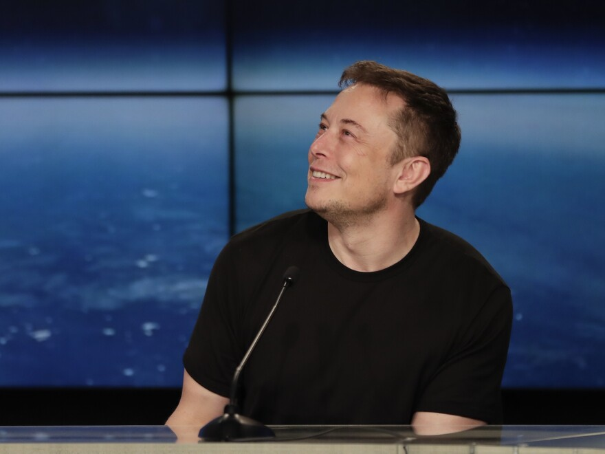 SpaceX founder Elon Musk has become the latest tech billionaire to jump on #DeleteFacebook movement.