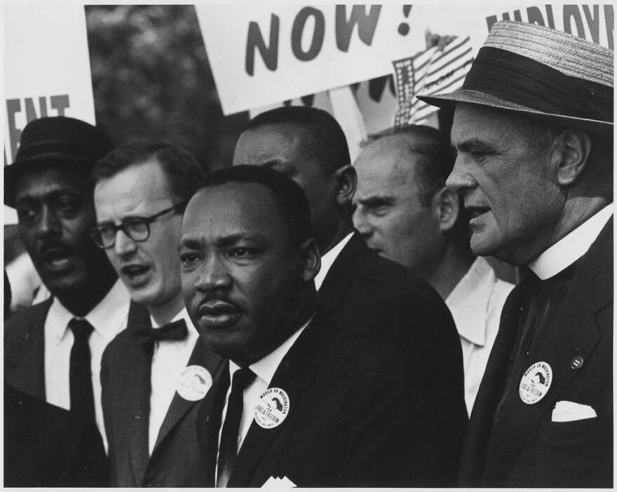 Civil_Rights_March_on_Washington,_D.C._(Dr._Martin_Luther_King,_Jr._and_Mathew_Ahmann_in_a_crowd.)_-_NARA_-_542015.tif_.jpg