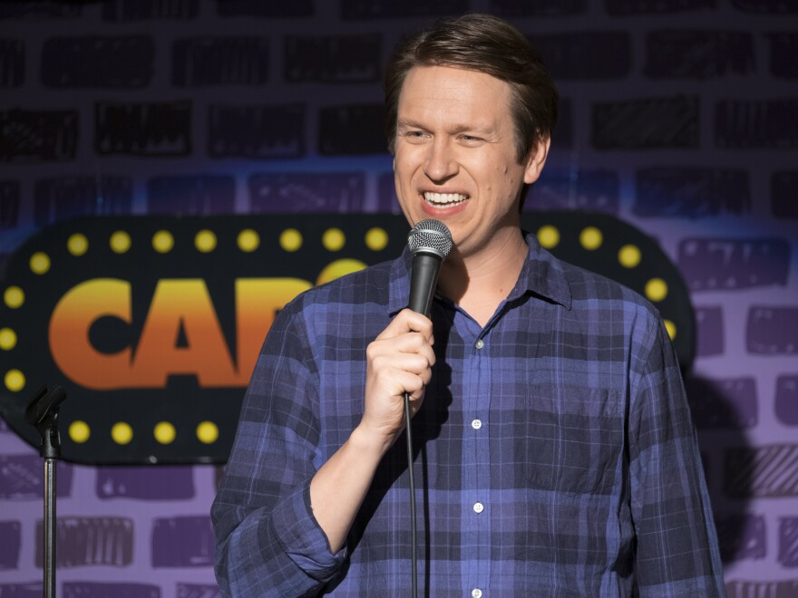 Pete Holmes stars as a devout Christian comic with an upbeat disposition in the HBO's <em>Crashing</em>.