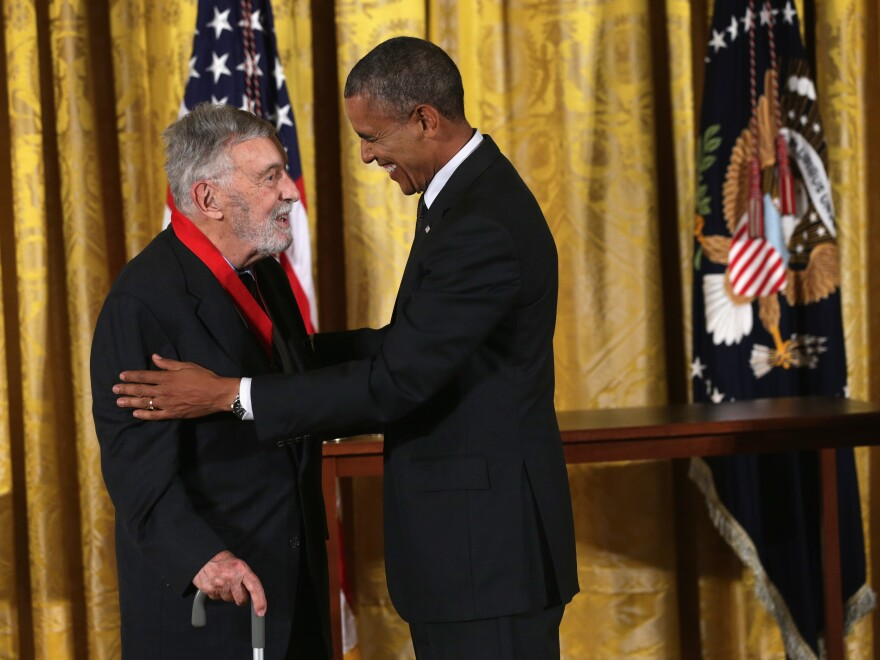 David Brion Davis accepts the National Humanities Medal from President Obama during a 2014 ceremony at the White House.