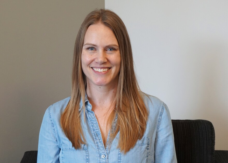Bee expert Nicole Miller-Struttmann was recently awarded the 2019 Science Educator Award by the St. Louis Academy of Science.