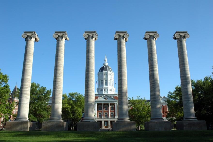University_of_Missouri_-_Jesse_Hall.jpg