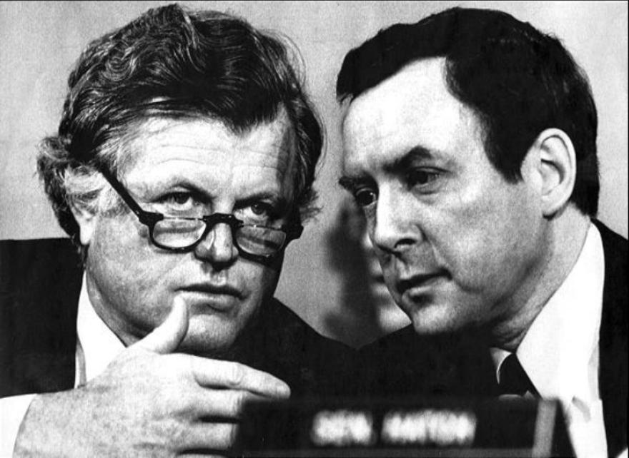 Photo of senators.