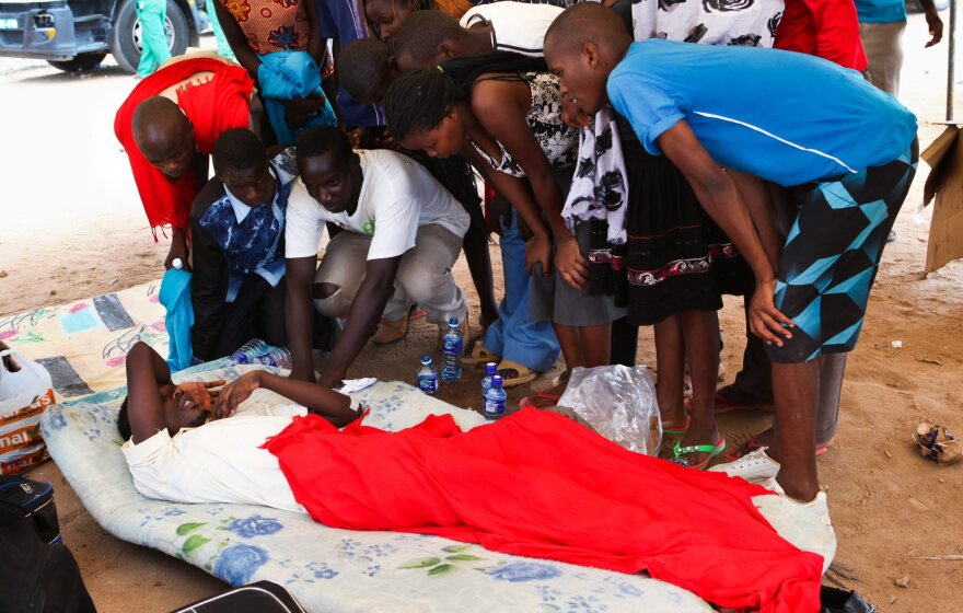 A survivor of the Garissa University attack talks to fellow students one day after gunmen stormed the campus.