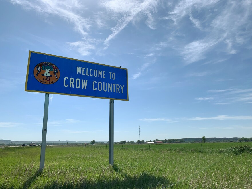 A welcome sign for Crow Country.