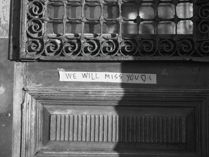 A note left behind by Great Scott fans mourning the club's closing in 2020.
