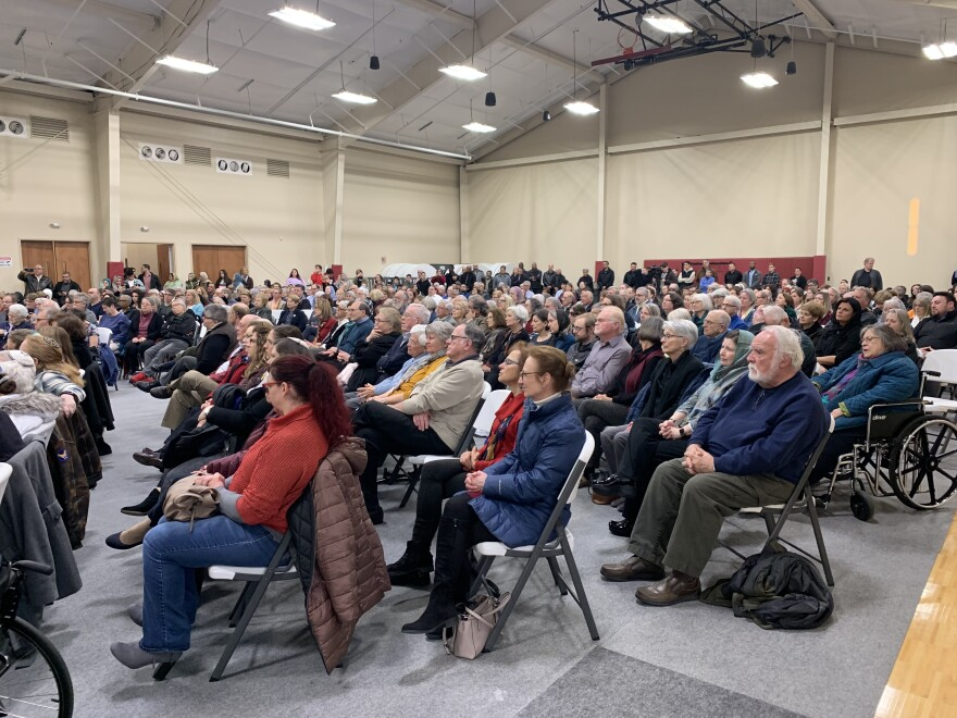 Hundreds of people gathered inside a Miami Valley Muslim community center to honor the victims of recent violence at two mosques in New Zealand.