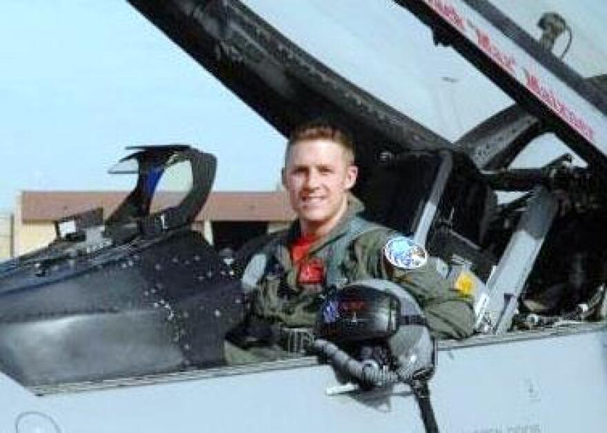 Captain-James-Steel_USAF_photo_cropped.jpg