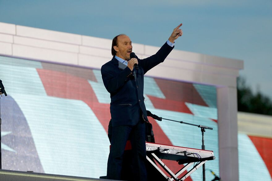 Lee Greenwood sings during the inauguration concert.