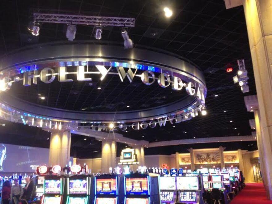 hollywood gaming racino at dayton raceway casino