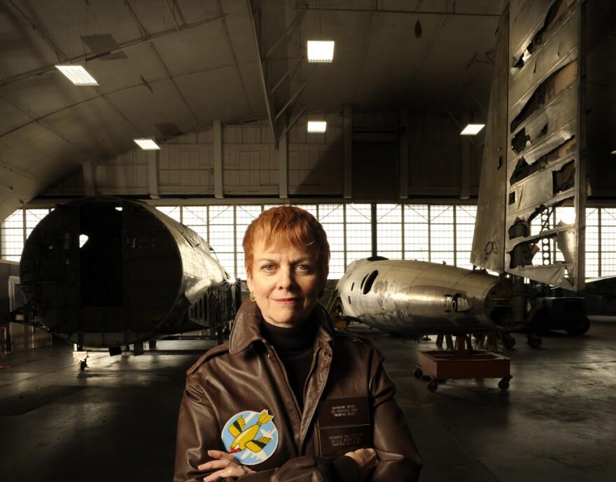 Wyler with B-17s.jpg