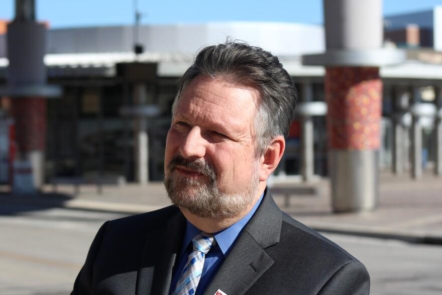 Jeffrey-Arndt-VIA-CEO-PALACIOS-010818.JPG