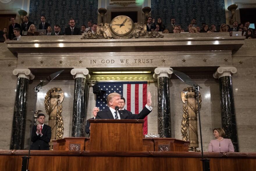 Donald_J._Trump_State_of_the_Union_2017.jpg