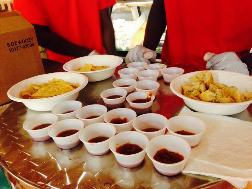 grocery_salsa_close.jpg
