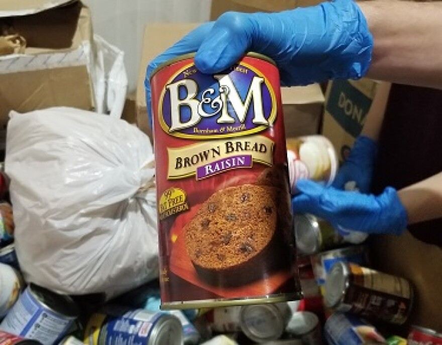 This is a can of B&M Brown Raisin Bread. We've never heard of this, and we think it's cool.