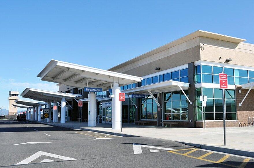 Terminal-building.jpg