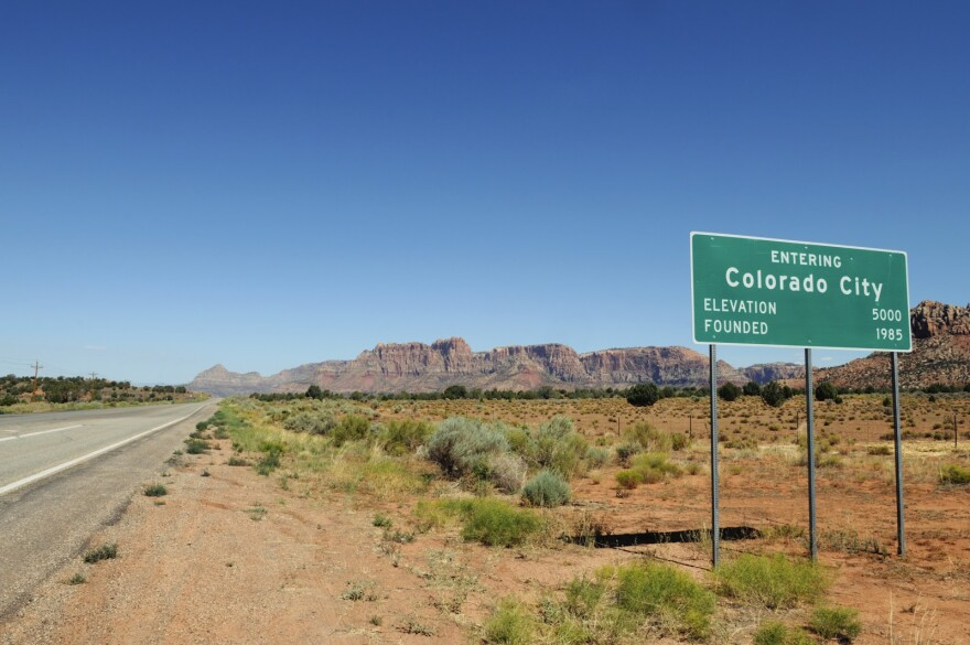 Photo of Colorado City sign.