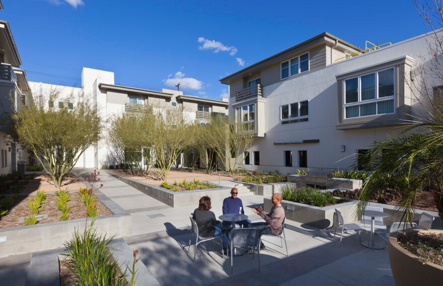 A view of a courtyard at the Palo Verde Apartments in Los Angeles.