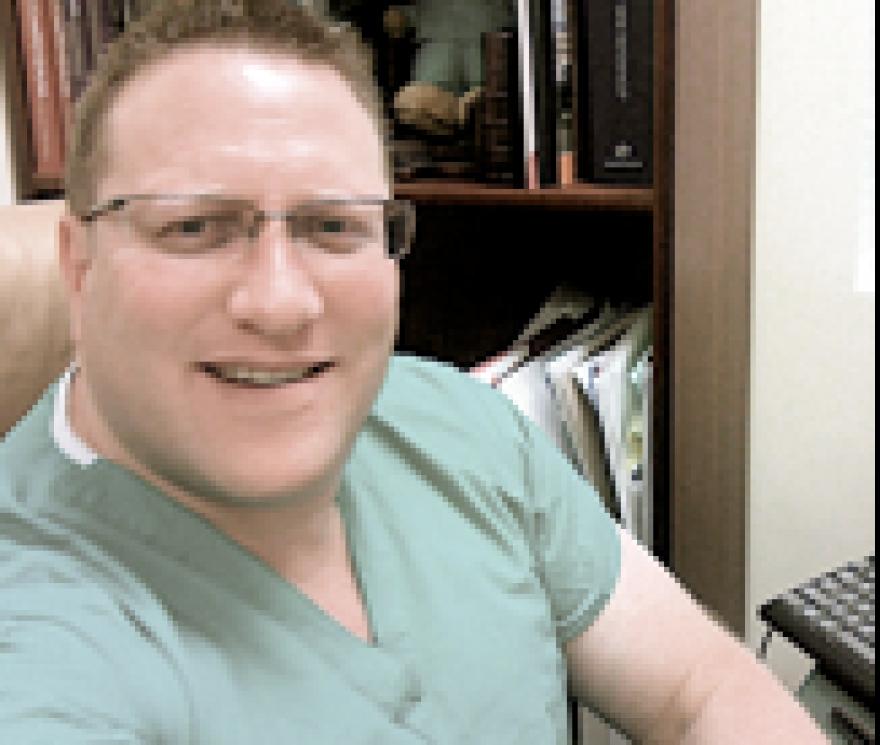 Dr. Aaron Elkin