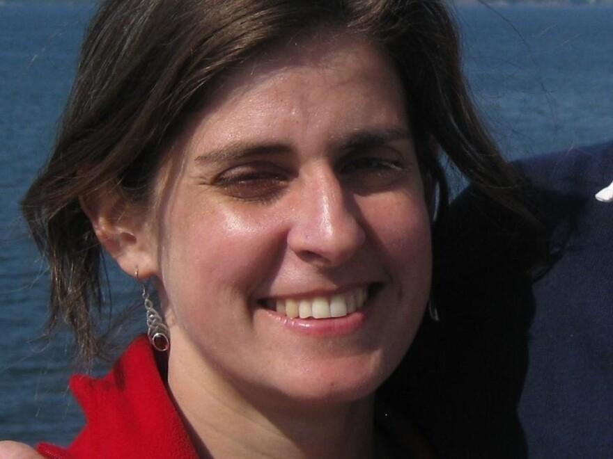 Penelope Lewis has written for popular science publications, including <em>New Scientist.</em>