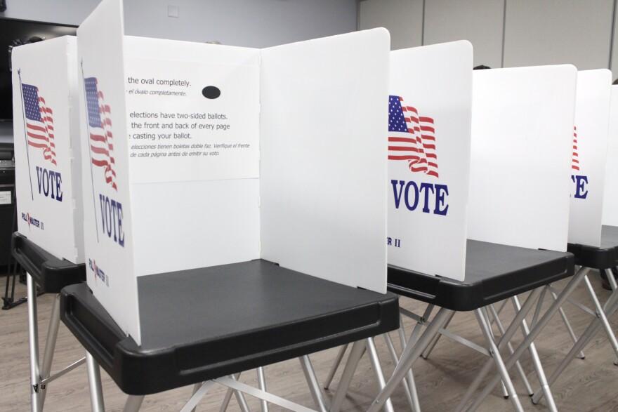 voting_booth_2.jpg