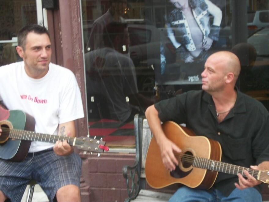 1347414208_Jerry_and_Jason_singing_027.JPG