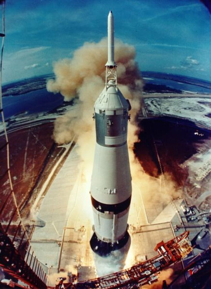 NASA_liftoff_ap11-S69-39961HR_sm.jpg