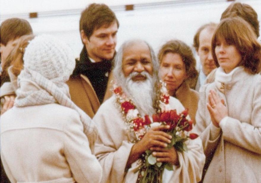 maharishi_mahesh_yogi_in_iowa.png