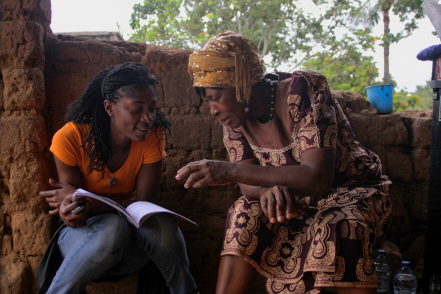 Rosine Mbakam and her mother on the set of 'The Two Faces of a Bamiléké Woman,' which represents their intergenerational differences.
