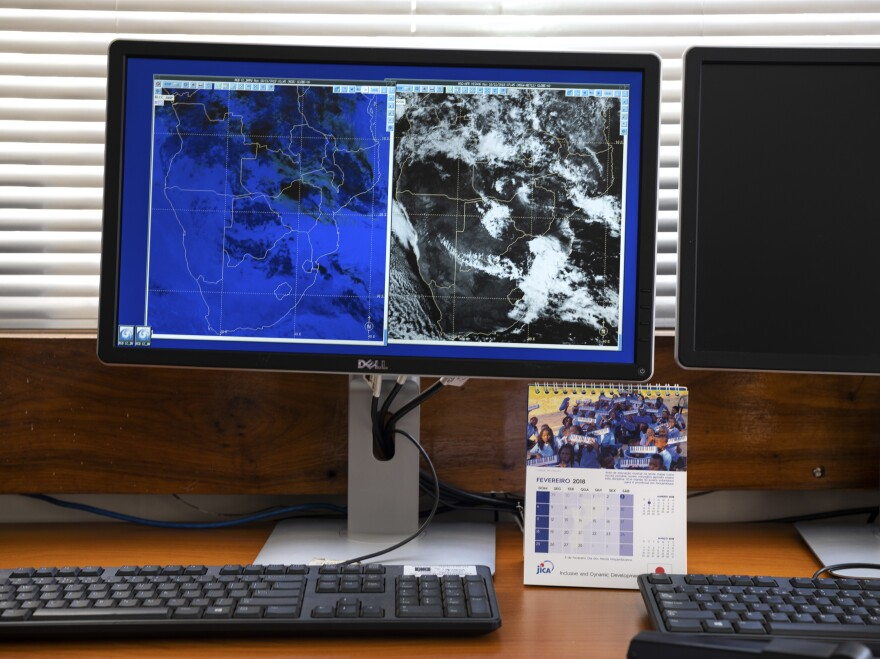 A map at the National Meteorology Institute displays regional weather data for Nov. 19.