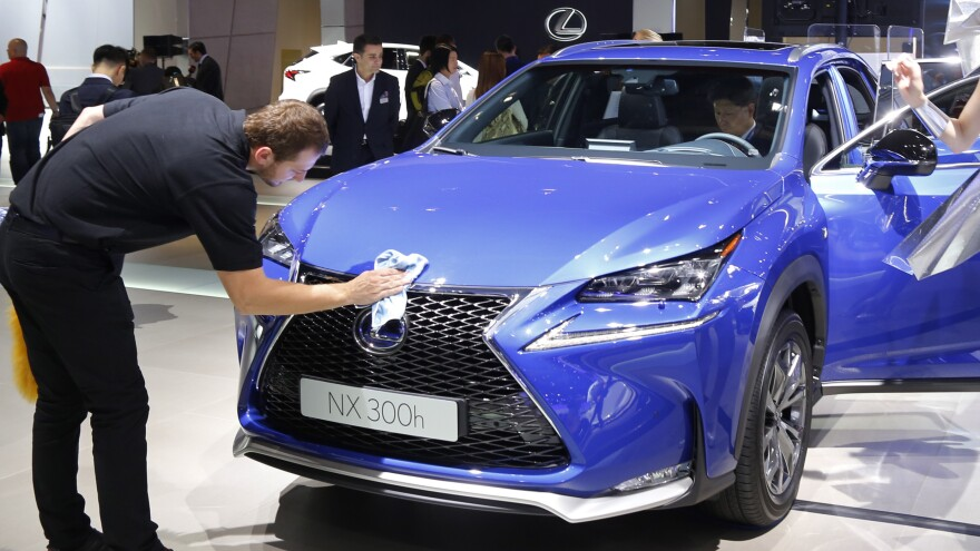 A Lexus NX 300h hybrid is the most fuel efficient truck sold in the U.S., the EPA says, listing a combined 43.5 mpg.