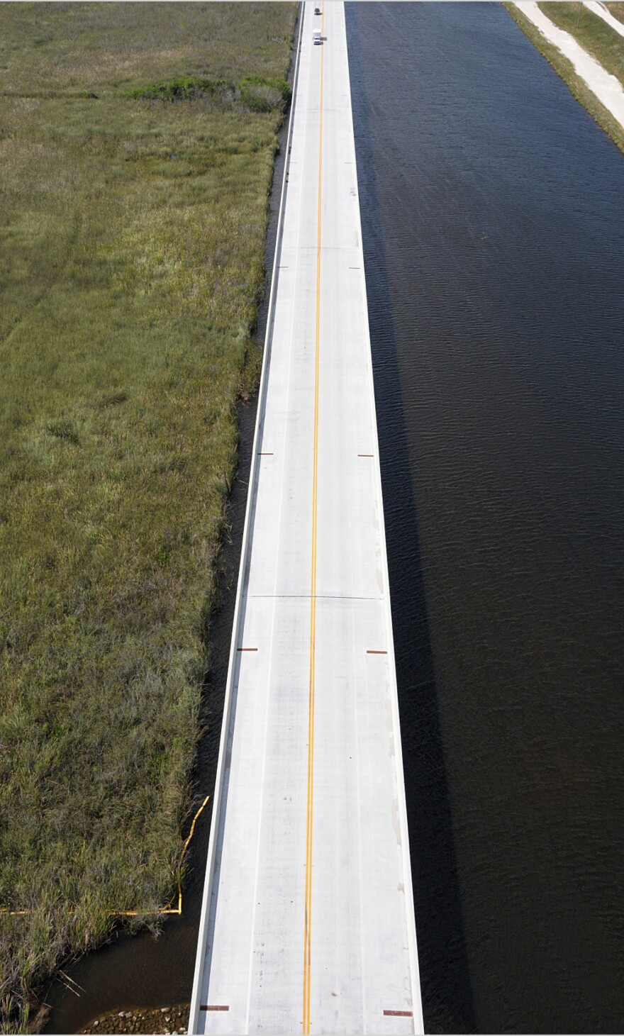 Aerial view of the Tamiami Trail (U.S. 41)