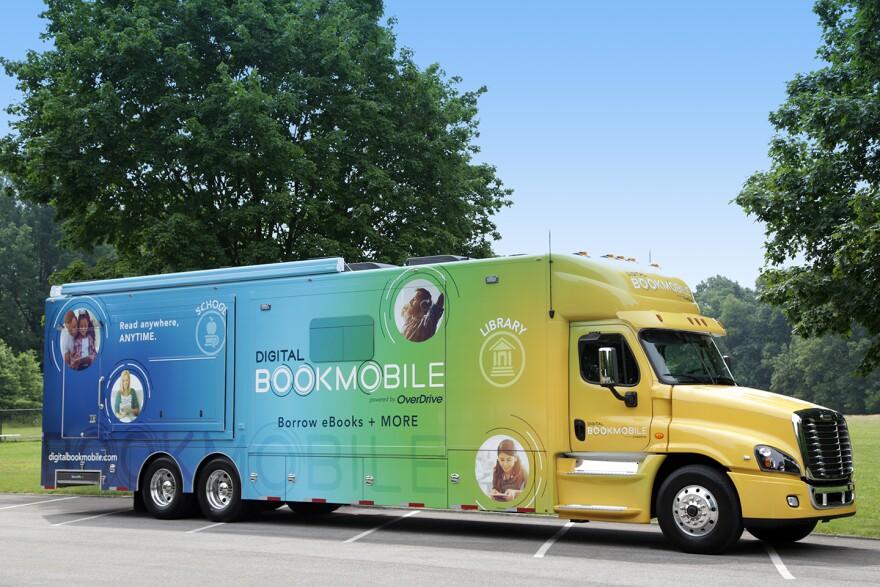 DigitalBookmobile.JPG
