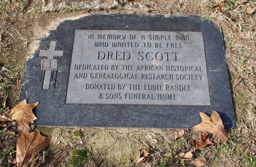 A marker at Dred Scott's grave in Calvary Cemetery.